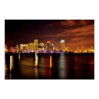 Horizonte de Miami en la noche, la Florida Perfect Poster