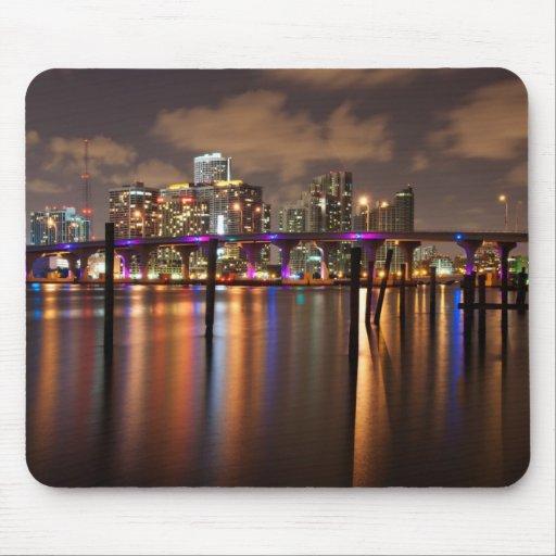 Horizonte de Miami en la noche - Mousepad
