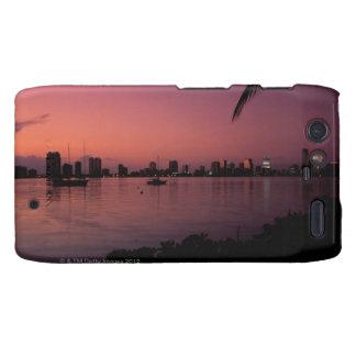 Horizonte de Miami en la puesta del sol Droid RAZR Carcasa