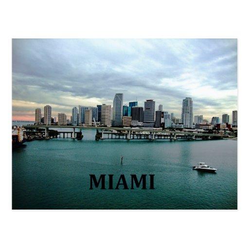 Horizonte de Miami la Florida Postales