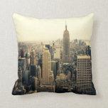 Horizonte de New York City Cojín Decorativo