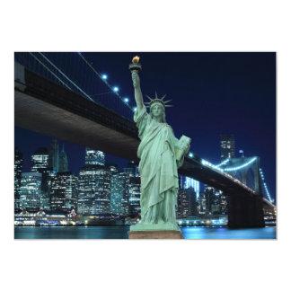 """Horizonte de New York City en las luces de la Invitación 5"""" X 7"""""""