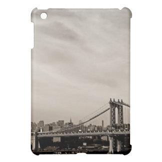 Horizonte de New York City y puente de Manhattan