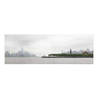 Horizonte de Nueva York y de New Jersey en la nieb Impresiones Fotograficas