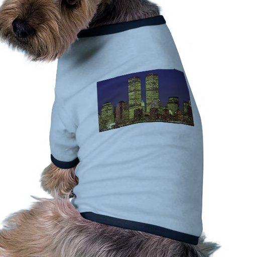 Horizonte de NYC con World Trade Center en la noch Camiseta Con Mangas Para Perro