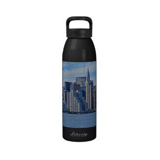 Horizonte de NYC de East River A1 Botellas De Agua Reutilizables