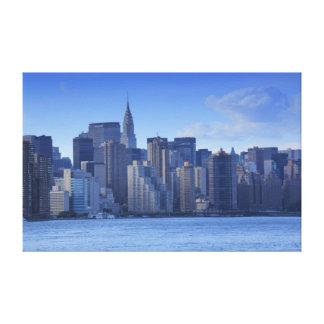 Horizonte de NYC de East River: Chrysler, encontra Impresion En Lona
