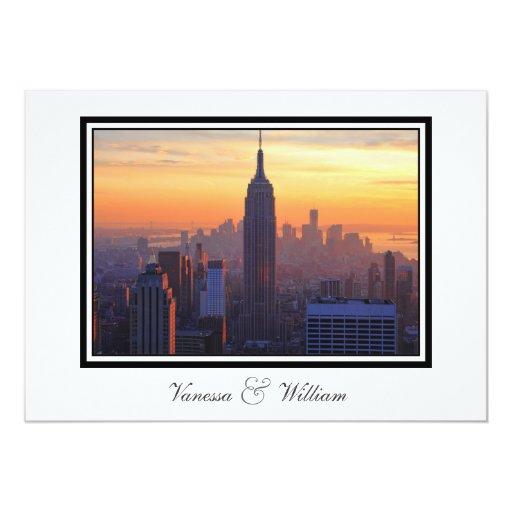 """Horizonte de NYC: El boda anaranjado de la puesta Invitación 5"""" X 7"""""""