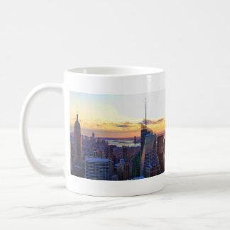 Horizonte de NYC: ESB, Bank of America, 4 veces Tazas De Café