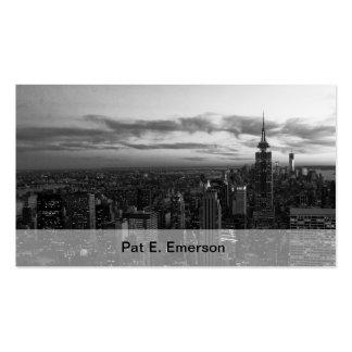 Horizonte de NYC, ESB WTC en la puesta del sol BW Tarjetas De Visita