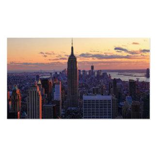 Horizonte de NYC momentos antes de la puesta del s Tarjetas De Visita