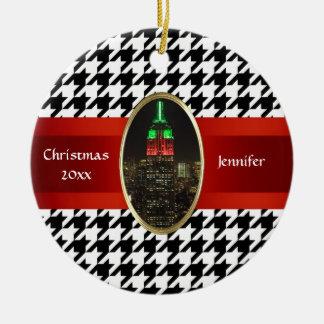 Horizonte de NYC: Navidad #5 del Empire State Adorno Redondo De Cerámica
