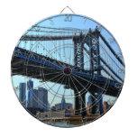 Horizonte de NYC: Puente #3 de Manhattan Tabla Dardos