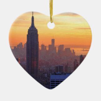 Horizonte de NYC Puesta del sol del naranja del E Adornos De Navidad