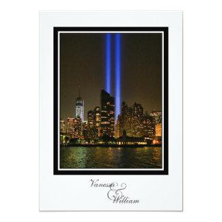 """Horizonte de NYC: Tributo de WTC 9/11 en el boda Invitación 5"""" X 7"""""""