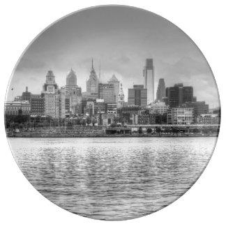 Horizonte de Philadelphia en blanco y negro Plato De Cerámica