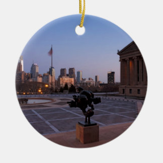 Horizonte de Philadelphia en la oscuridad Adorno Redondo De Cerámica