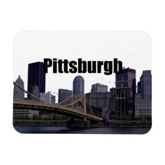 Horizonte de Pittsburgh con Pittsburgh en el imán