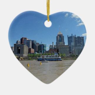 Horizonte de Pittsburgh del parque de PNC Adorno De Cerámica En Forma De Corazón
