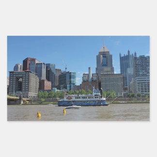 Horizonte de Pittsburgh del parque de PNC Pegatina Rectangular