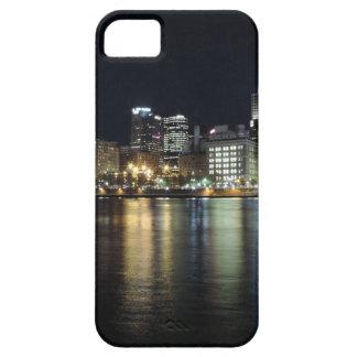 Horizonte de Pittsburgh en la noche del parque de  iPhone 5 Cárcasas