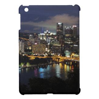 Horizonte de Pittsburgh en la oscuridad