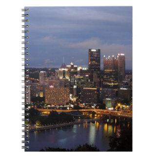 Horizonte de Pittsburgh en la oscuridad Libro De Apuntes