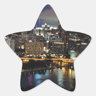 Horizonte de Pittsburgh en la oscuridad Pegatinas Forma De Estrellaes Personalizadas