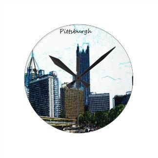 Horizonte de Pittsburgh Reloj Redondo Mediano