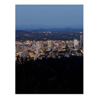 Horizonte de Portland en la oscuridad Tarjetas Postales
