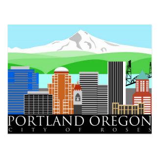 Horizonte de Portland Oregon con la capilla del so Postales