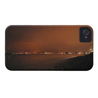 Horizonte de Puerto Vallarta en la noche; Ningún iPhone 4 Cárcasas