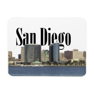 Horizonte de San Diego CA con San Diego en el ciel Iman Flexible