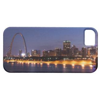 Horizonte de St. Louis en la noche (color) Funda Para iPhone 5 Barely There