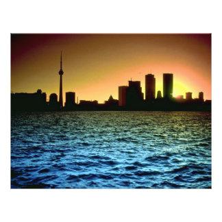 Horizonte de Toronto en la puesta del sol, tomada  Flyer A Todo Color