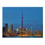 Horizonte de Toronto Ontario Canadá en la noche Tarjeta Postal