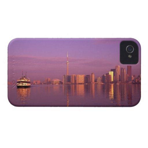 Horizonte de Toronto, Ontario, Canadá iPhone 4 Case-Mate Protector