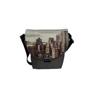 Horizonte del Lower Manhattan - visión desde el Mi Bolsa Messenger