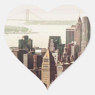 Horizonte del Lower Manhattan - visión desde el Pegatina En Forma De Corazón