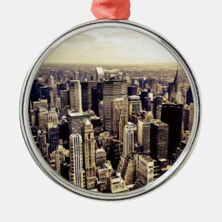 Horizonte hermoso de los rascacielos de New York Adorno Navideño Redondo De Metal