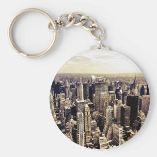 Horizonte hermoso de los rascacielos de New York Llavero Redondo Tipo Pin