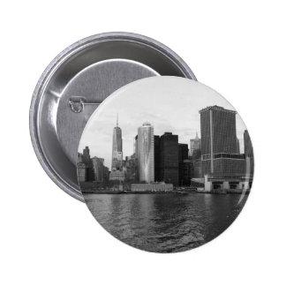 Horizonte Nueva York de Manhattan Pin Redondo De 2 Pulgadas