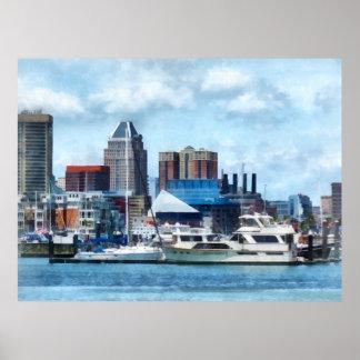 Horizonte y puerto de Baltimore Posters