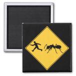 Hormiga del gigante de la muestra de camino imán de frigorífico