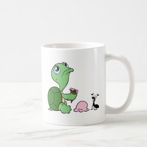 Hormiga feliz de la tortuga triste tazas de café