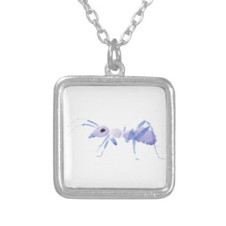 Hormiga púrpura collar plateado