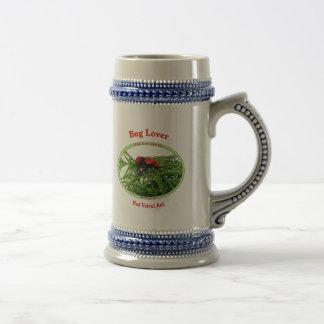 Hormiga roja del terciopelo del amante del insecto taza de café