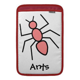 Hormiga roja del vector de la amapola funda  MacBook