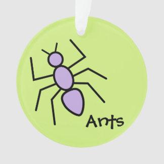 Hormiga violeta linda del vector (fondo del verde
