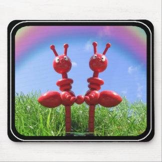Hormigas en la hierba alfombrillas de raton